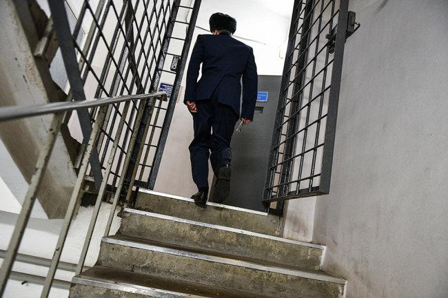 службы в тюремной системе