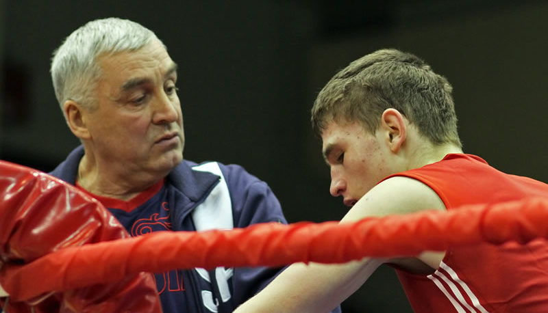 боксер Егор Шапочанский тренер Абатулин Юрий Измайлович Иркутск