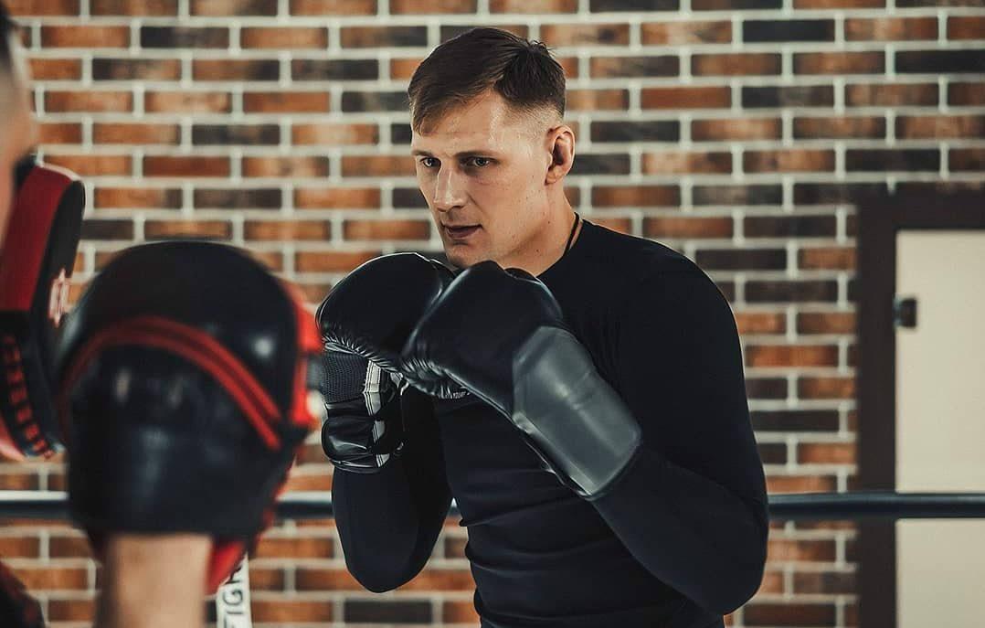 Александр Волков UFC