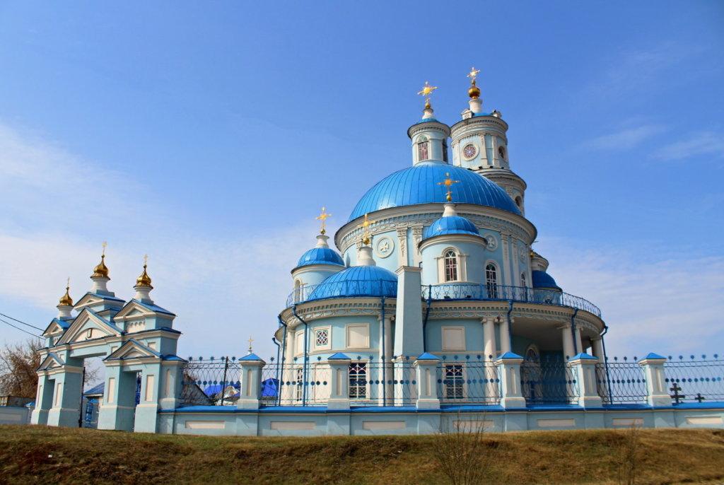 реставрируют Храм Казанской иконы Божией Матери