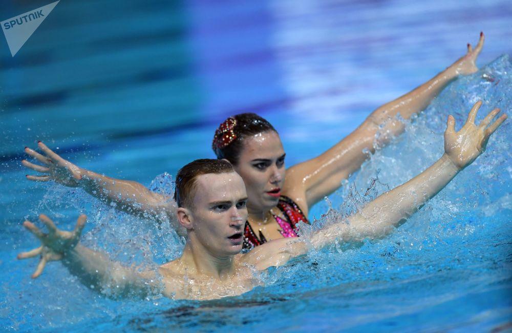 Александр Мальцев Майя Гурбанбердиева Синхронное плавание