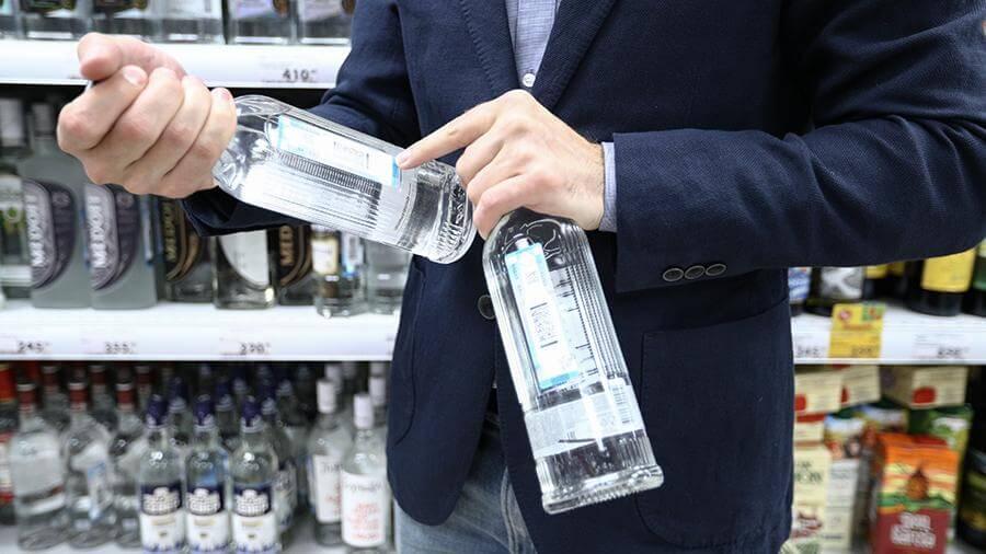 В Минздраве призвали бороться с потреблением алкоголя среди молодежи