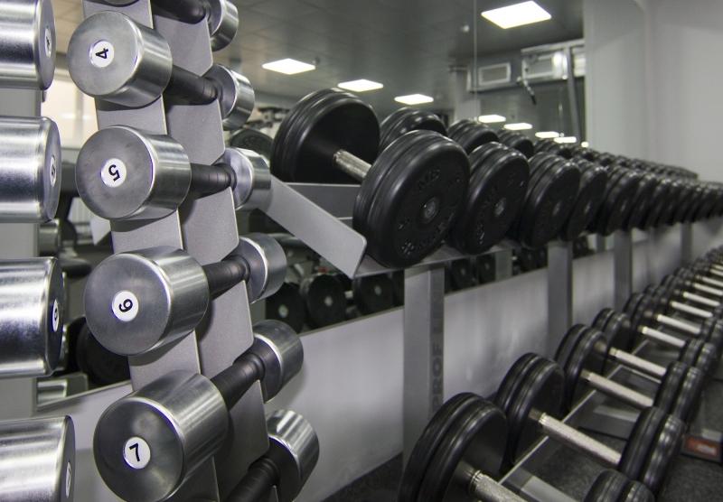 Маски, антисептики, разметка. Фитнес-центры в Иркутске готовятся к открытию